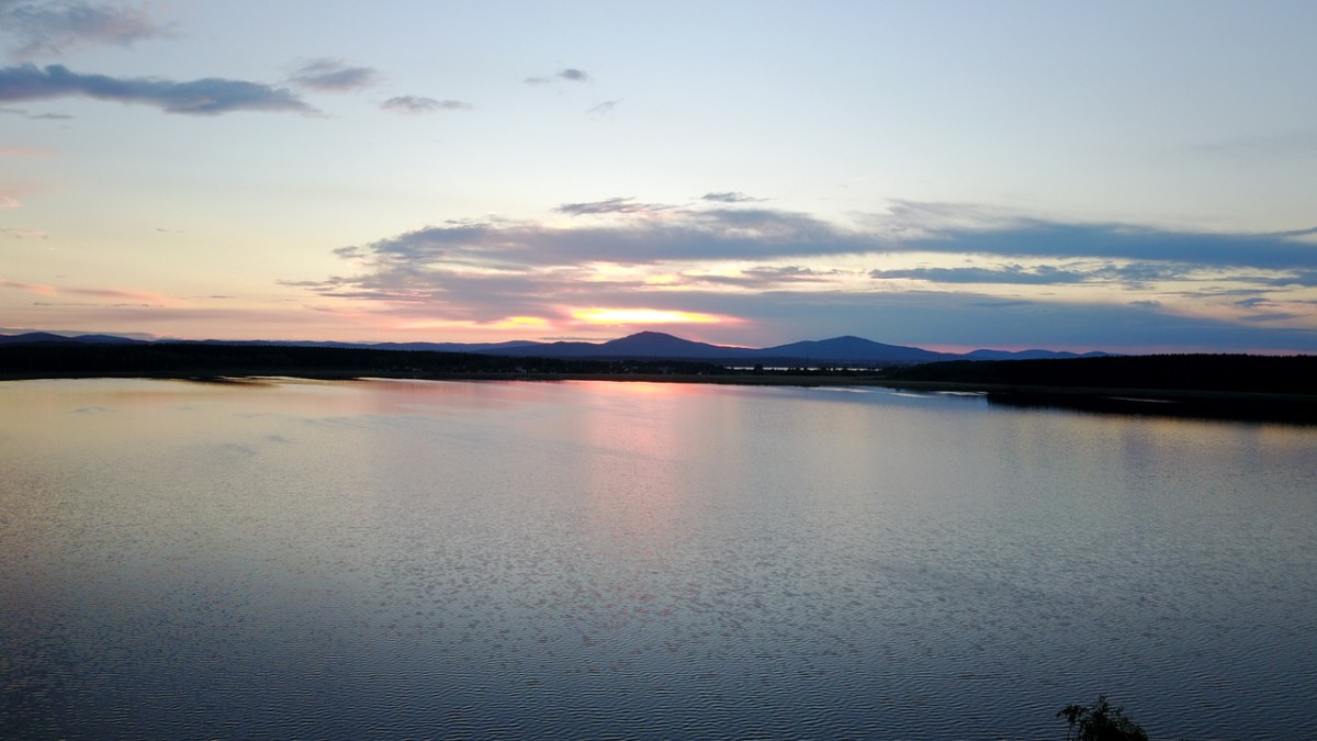 Закат на озере Анбаш. Кыштым, Урал (фото А.Королёв)