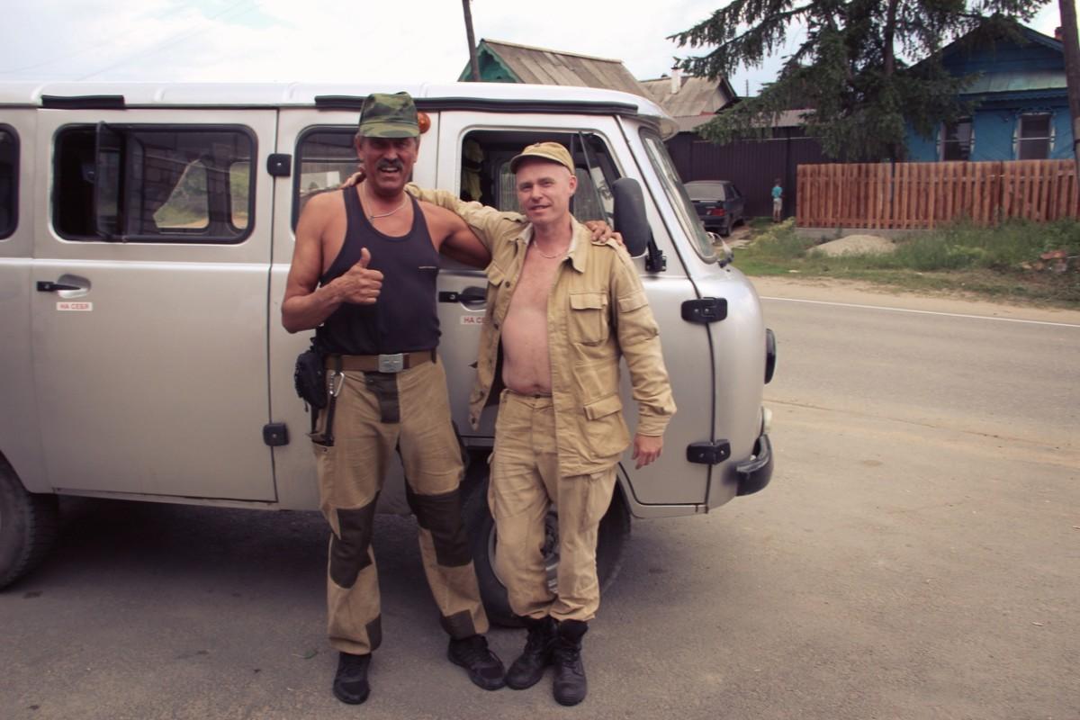 Следователь Владимир Бендлин (слева) и уфолог Алексей Королёв. Совместно изучаем кыштымские аномалии
